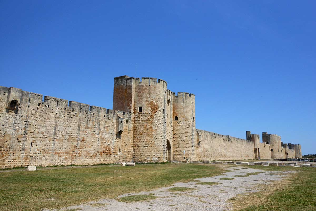 Aigues Mortes Walls