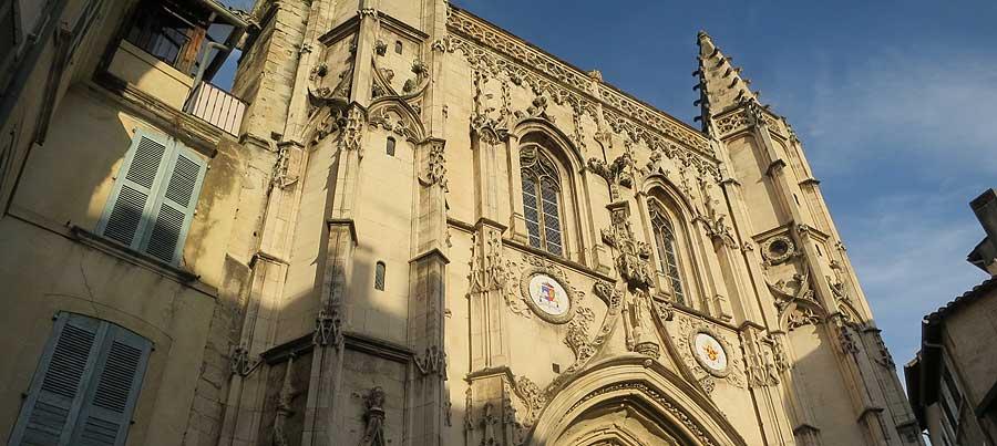 Saint Pierre church in Avignon - a tour in Avignon ...