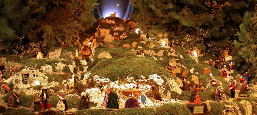 Populaire La Créche de Noël à Reillane - Noël en Provence SB55