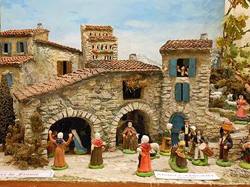 Exposition de santons s guret photos horizon provence - Decor creche de noel provencal ...